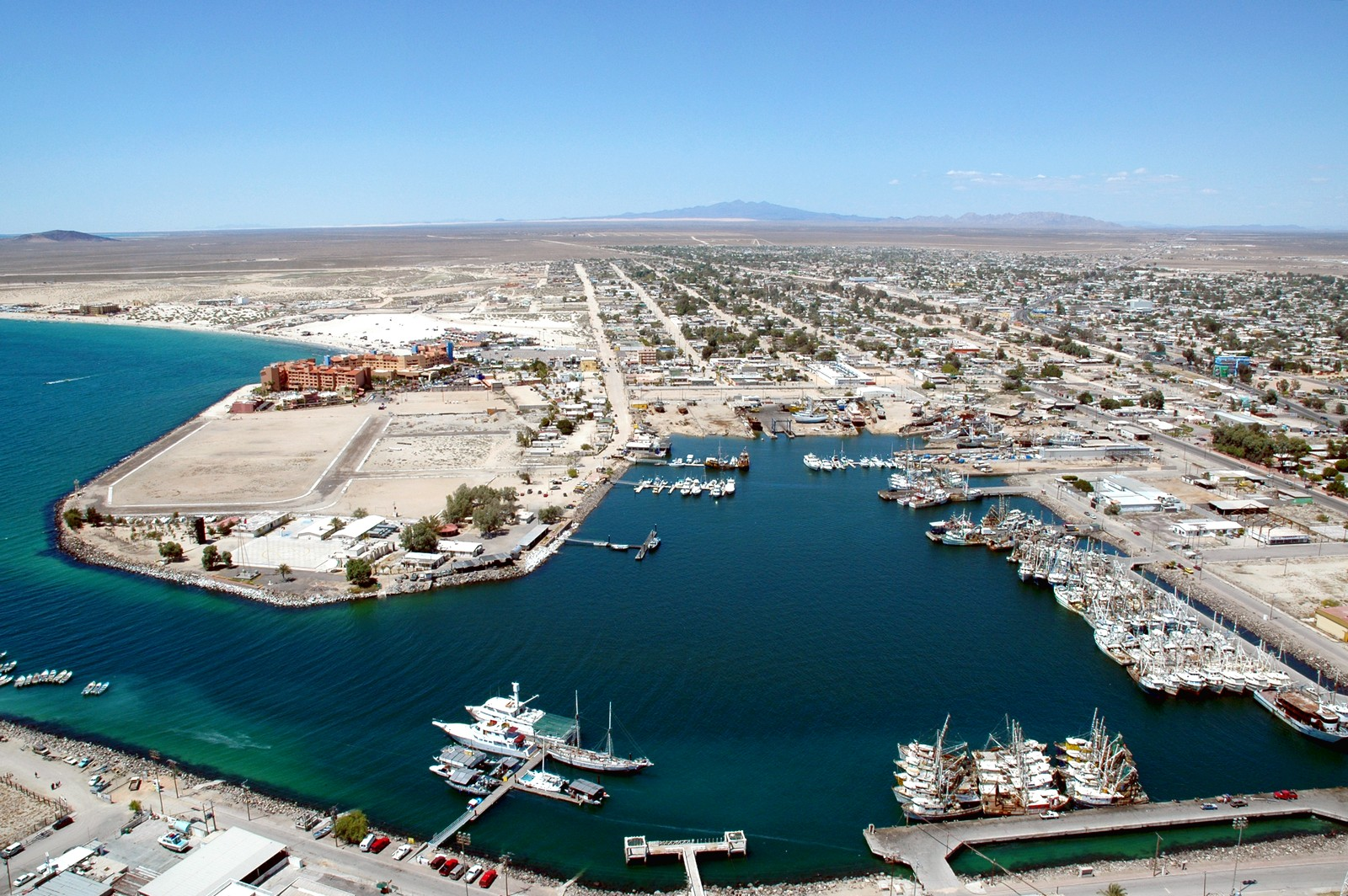 map of baja peninsula with Puerto Penasco A K A Rocky Point on Los Cabos Maps as well Municipis de la Baixa Calif C3 B2rnia Sud furthermore Geology besides Puerto Penasco A K A Rocky Point as well Pacific Beach.
